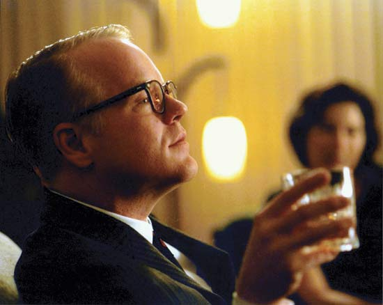 Philip Seymour Hoffman as Capote and Catherine Keener as Harper Lee
