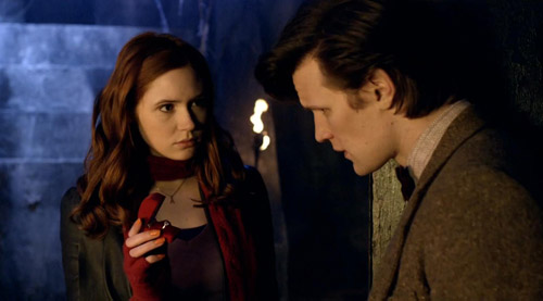 Amy and the Doctor in Doctor Who Pandorica Opens
