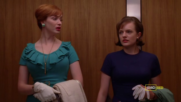 Mad Men 4x08 Joan and Peggy in the elevator