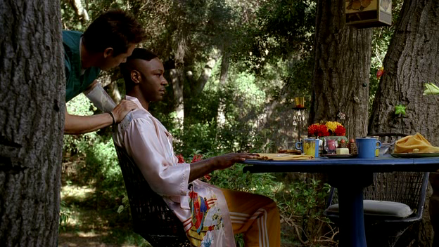 Jesus makes breakfast and gives Lafayette a massage.