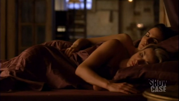 Bo and Lauren snuggles.
