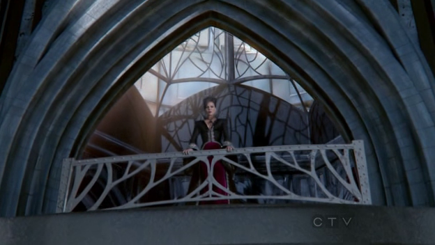 Regina and her palace. Now that's some CGI.