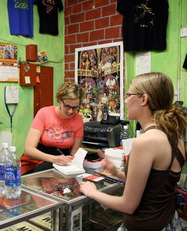 Ladies Comic Night at the Comics Dungeon Jennifer and Erica